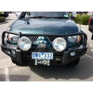 Ironman 4x4 commercial deluxe bullbar-110344