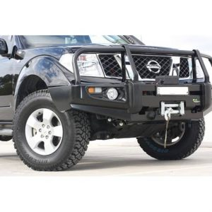 Ironman 4x4 commercial deluxe bullbar-110415