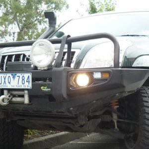 Ironman 4x4 commercial deluxe bullbar-180239