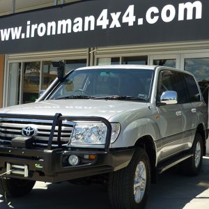 Ironman 4x4 commercial deluxe bullbar-180344